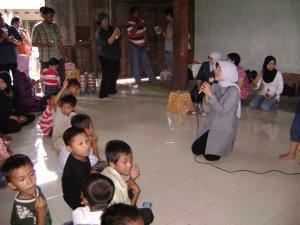 Wejangan buat para cucu dari eyang Dyah Suminar; sejuk.. :)